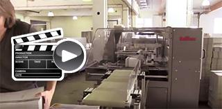 Video - Sie sehen eine Flyer-Einschweiß-Anlage